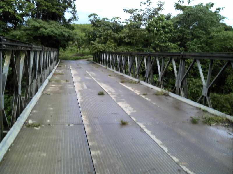 PuentesobreelRioChiminaAbajo.jpg